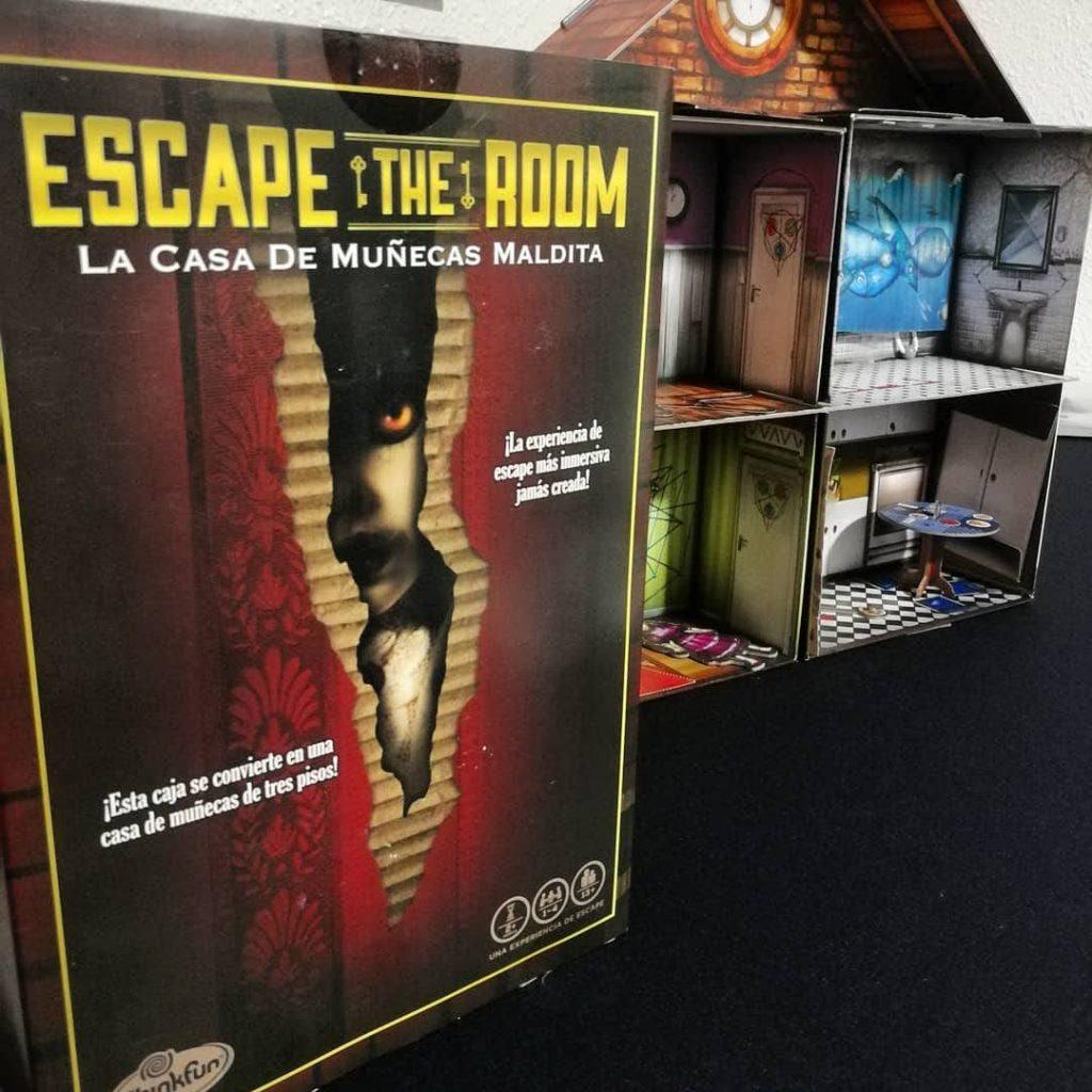 Escape The Room: La casa de muñecas maldita